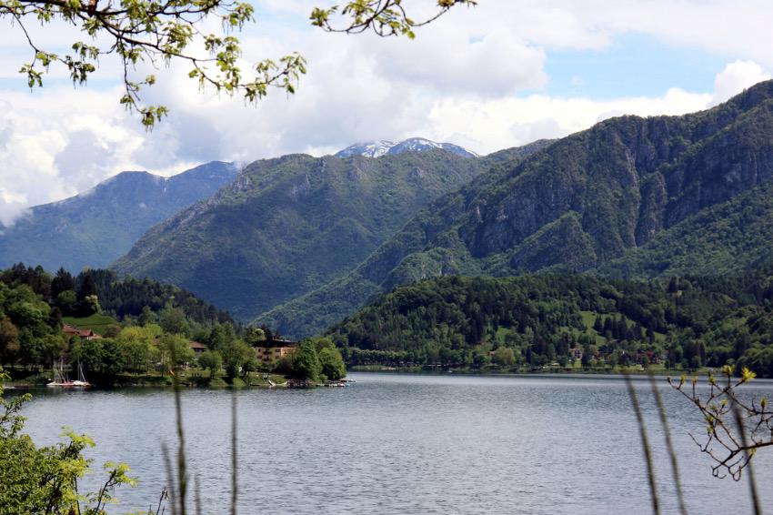 Blick über den Lago di Ledro