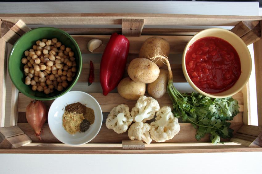 Zutaten für das Kartoffel-Kichererbsen Curry