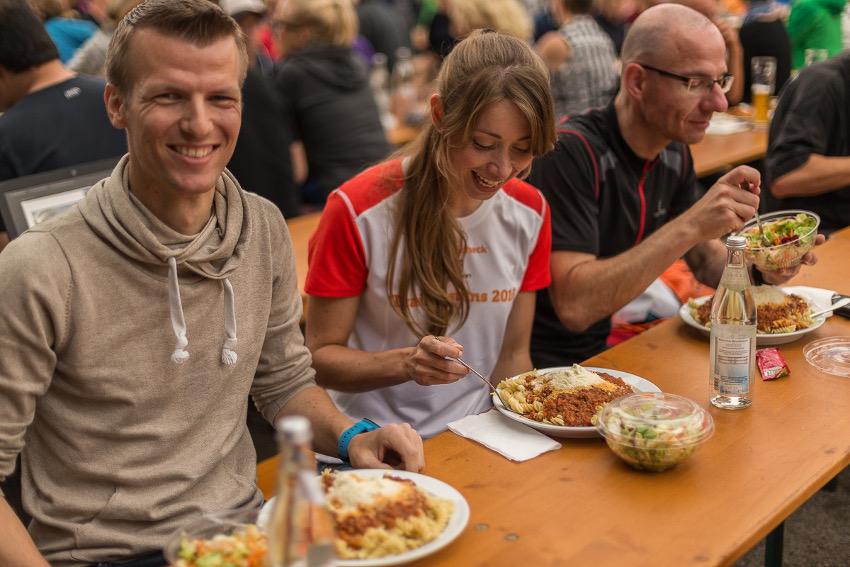 Reinhauen! Die Pasta in Grainau war echt lecker. Foto: Sportscheck