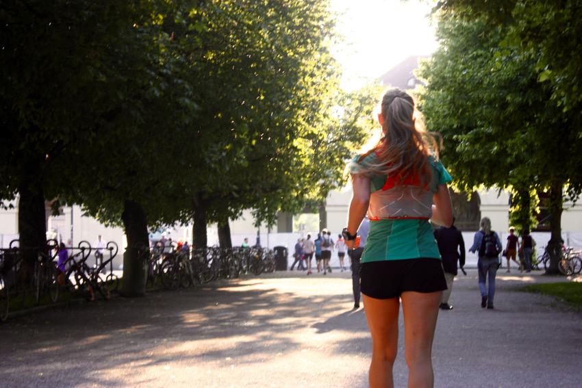 Auf dem Rückweg durch den Hofgarten