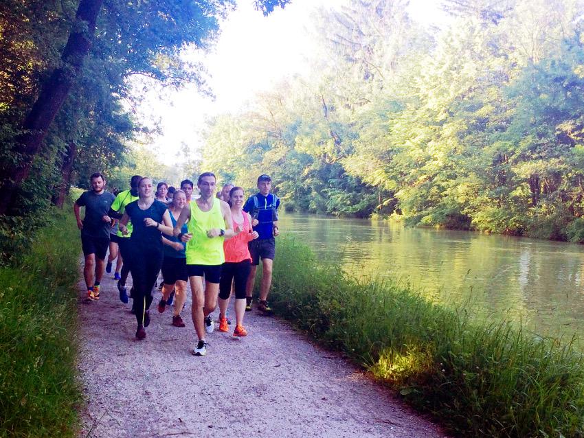 Am Isarwehrkanal startete unser Trailrun.