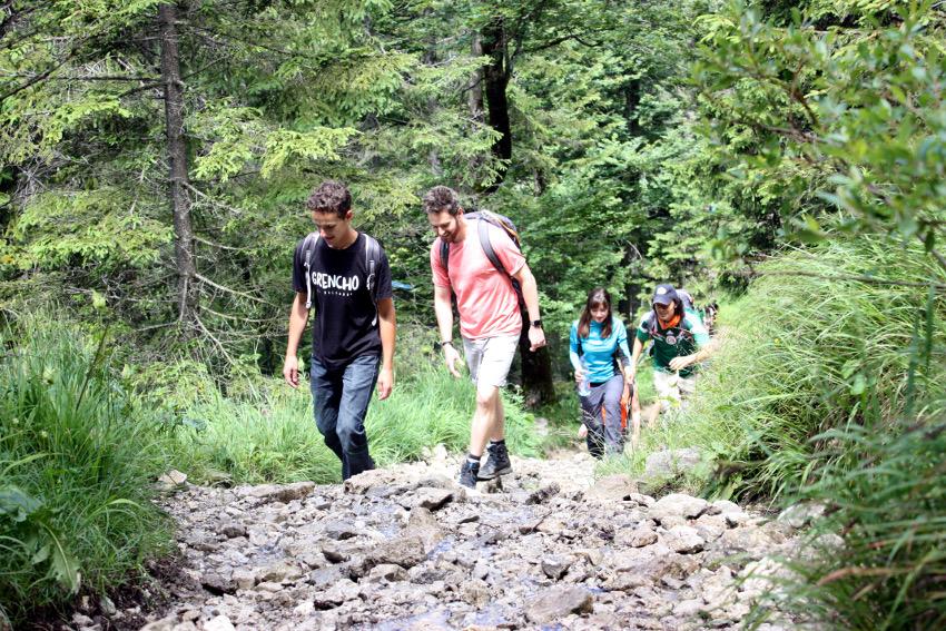 Aufstieg auf den Jochberg: Jon, Alex, Ewelina und Mario