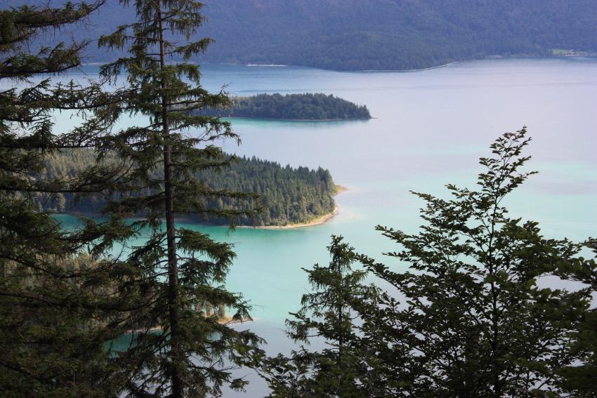 Der wunderschöne Ausblick auf den Walchensee.