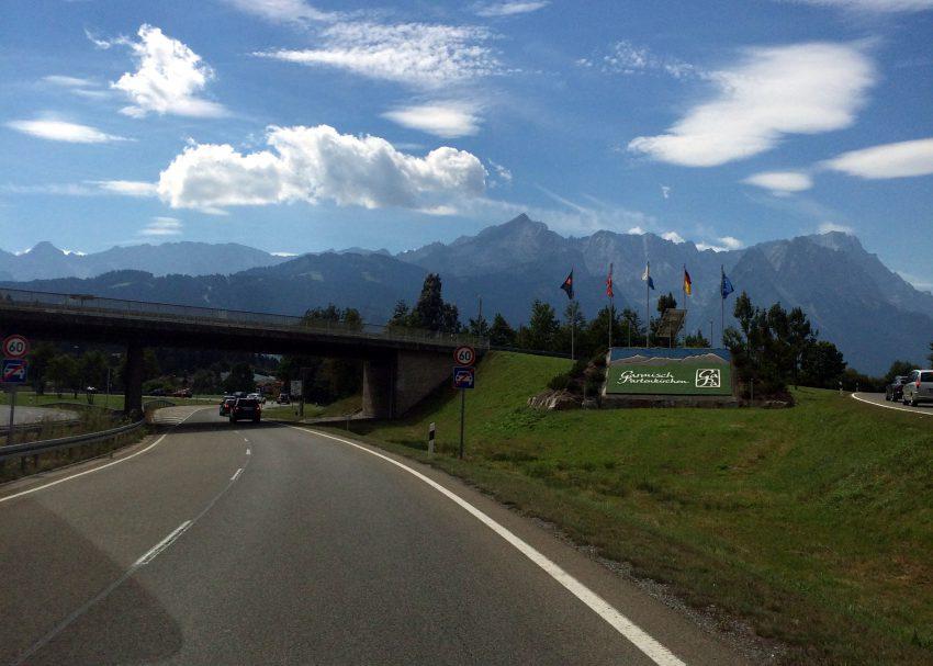 """Auf der A95 auf unserem Weg nach Garmisch-Partenkirchen """"road to TAR"""""""
